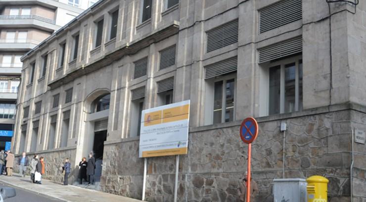 O PSOE demanda ao alcalde solucións inmediatas para a apertura da Praza de Abastos da Ponte