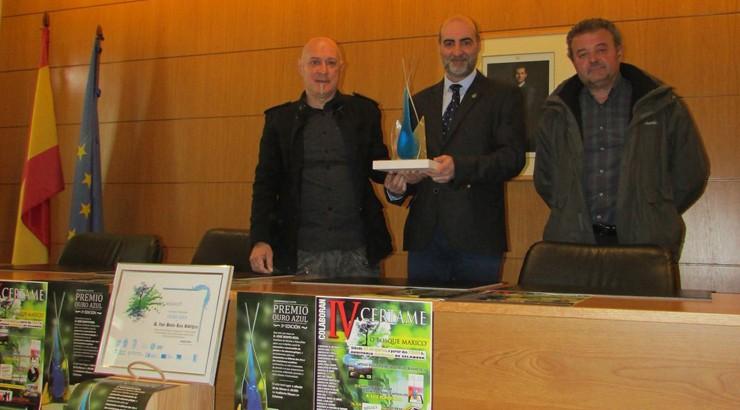 """O enxeñeiro celanovés José Benito Reza recibe o premio """"Ouro azul"""""""