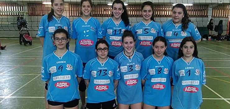 O Club Voleibol Ourense rematou segundo en Tive
