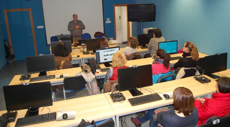 A aula CeMIT de Verín contará con cinco accións formativas en abril