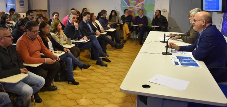 O PP de Ourense designa compromisarios para o congreso autonómico