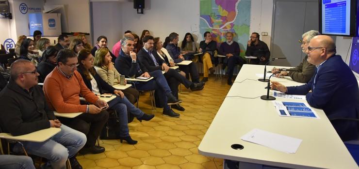 O PP de Ourense designa os seus compromisarios para o congreso autonómico