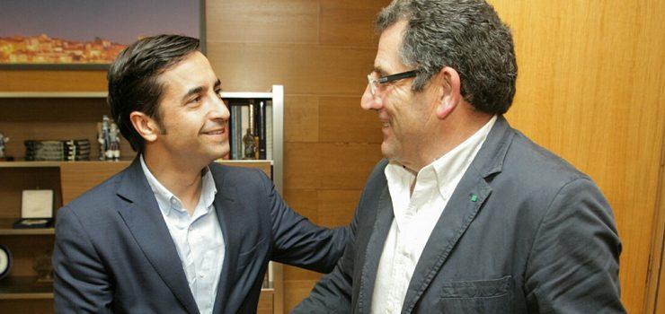 Conselleiro de Política Social e alcalde de Vilardevós manteñen un encontro