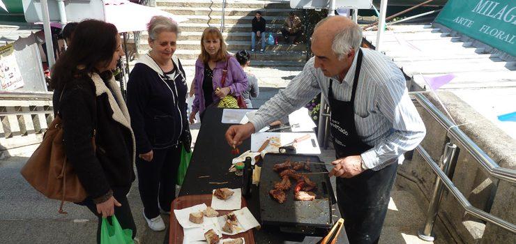 Día del chorizo asado en la Plaza de Abastos de Ourense