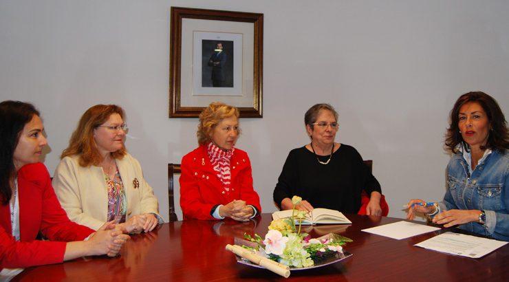 A delegada da Xunta reúnese coa directiva da Asociación Diabética Auria