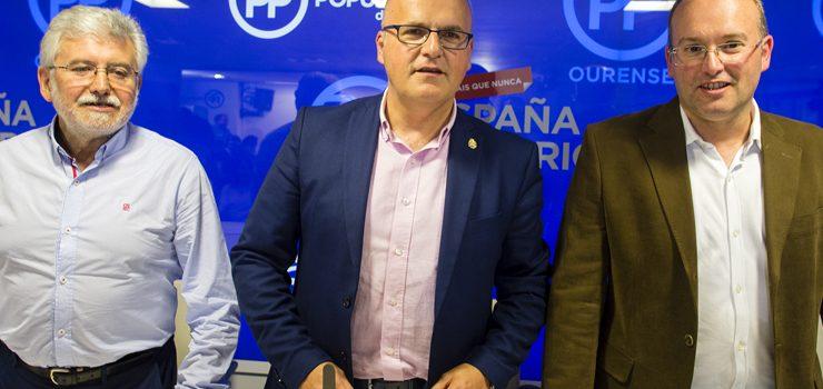 Miguel Tellado asiste á xunta directiva dos populares ourensáns
