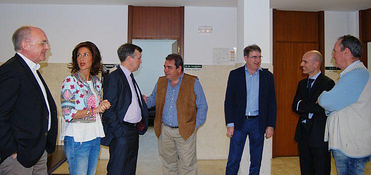A delegada da Xunta visita os xulgados de Verín