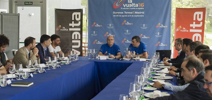 Alcaldes e Unipublic analizan a organización de «La Vuelta»