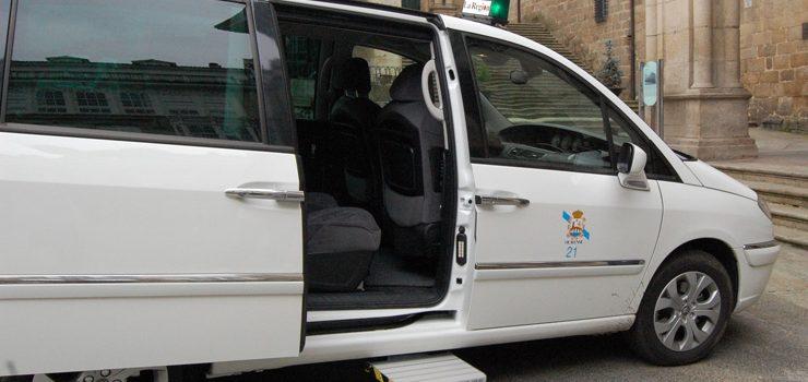 OUeC presenta tres emendas á ordenanza reguladora do servizo de taxis