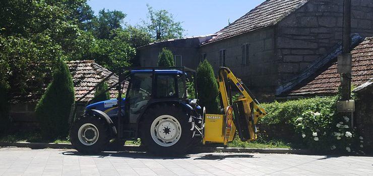 Os socialistas preguntan polo traballo do tractor desbrozador do Irixo
