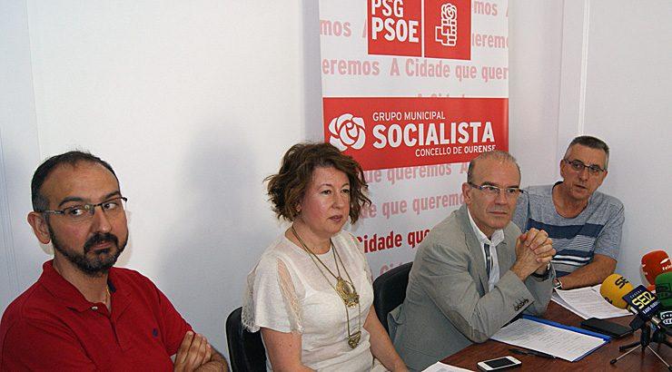 O PSOE de Ourense denuncia que o alcalde quere recuperar a «vella política» de persoal