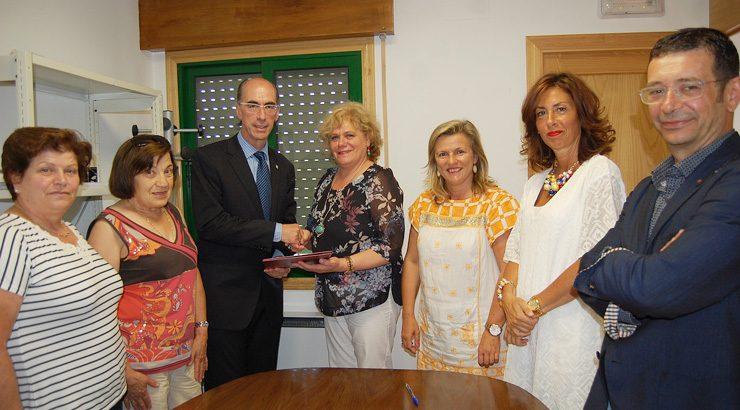 O Sergas e o Concello de Gomesende asinaron un convenio para reformar o centro de saúde