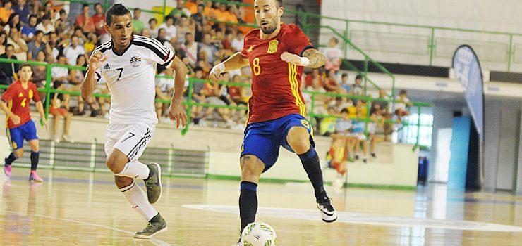 Ourense entregada á selección española de fútbol sala