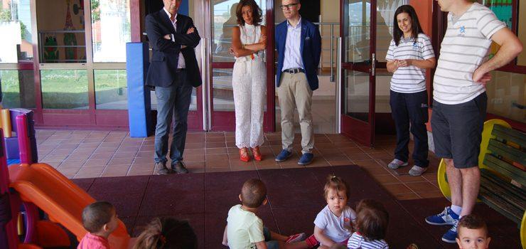 A escola infantil de Barrocás será remodelada en agosto