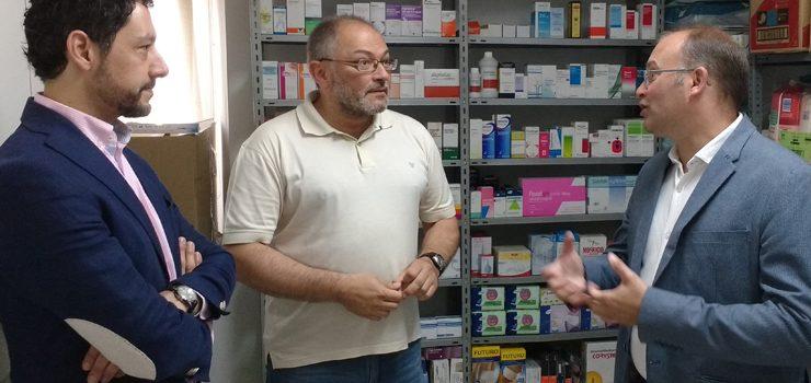 Tellado se compromete ante los farmacéuticos ourensanos a dinamizar las boticas rurales