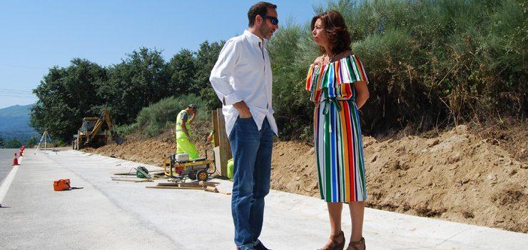Díaz Mouteria visita a construción dunha senda peonil en Trives