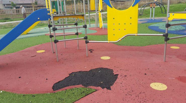 Actos vandálicos no parque de Santa Teresita
