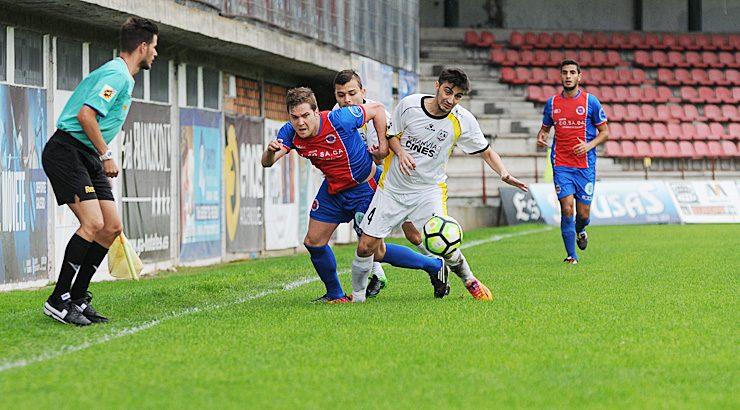 A UD Ourense abónase aos finais con suspense