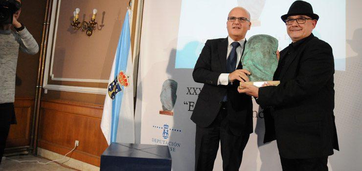 Miguel Anxo Fernández recibe o Premio Blanco Amor