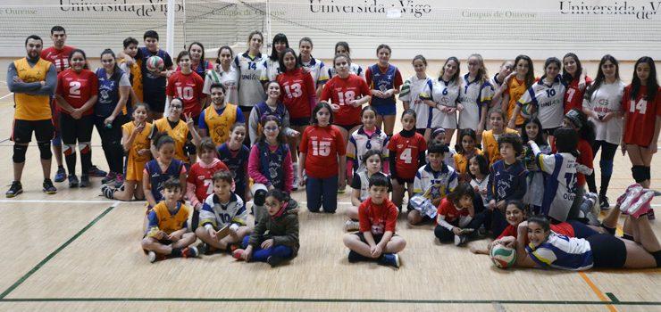 50 participantes en el torneo navideño de voleibol