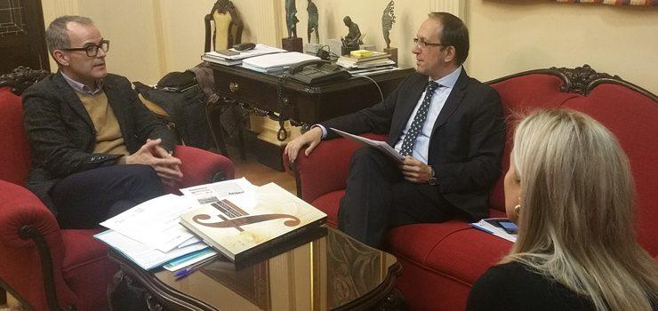 Reunión do alcalde de Ourense e o secretario xeral de Cultura da Xunta