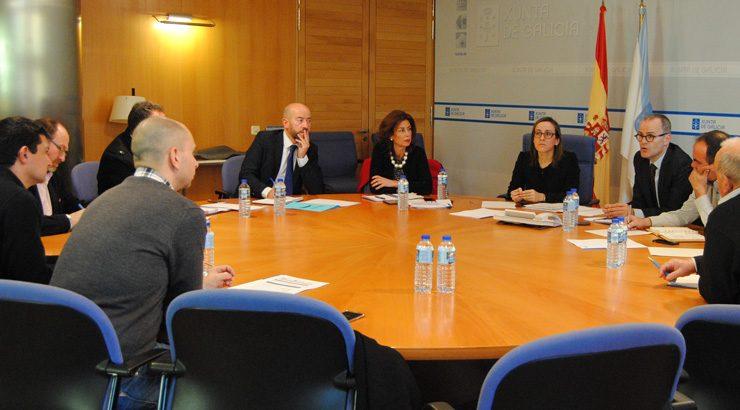 Reunión Xunta – Concellos  de Ourense para reordenar o transporte