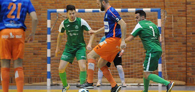 O Sala Ourense sofriu para sacar os tres puntos no derbi ourensán