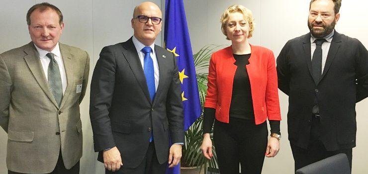 """O presidente da Deputación presetou o """"Atlas Termal"""" en Bruxelas"""