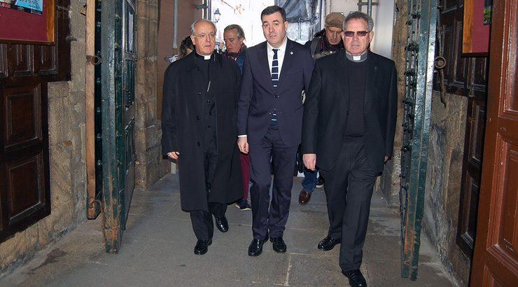 A Xunta licitará a reforma do sistema eléctrico da Catedral