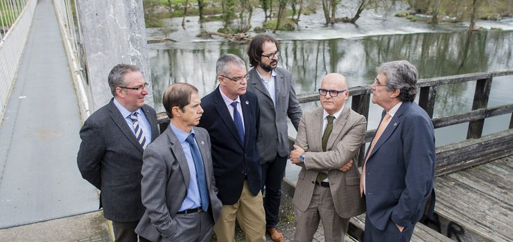 As obras de recuperación dunha senda fluvial mellorarán o acceso ao río Avia, en Leiro