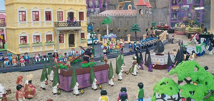 Dúas mil figuras de playmobil na exposición «A paixón según playmobil».