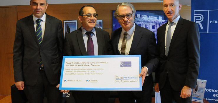 Pérez Rumbao e CaixaBank realizan unha doazón á Asociación Autismo Ourense