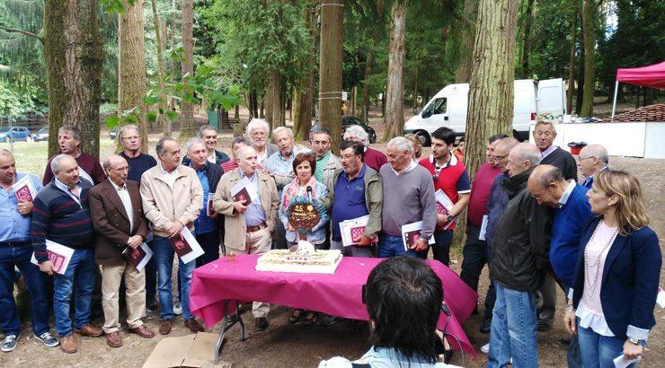 A Festa das parroquias rendeu homenaxe a presidentes e ex presidentes das AA.VV.