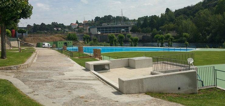 Monterrei e Oira abren as súas piscinas