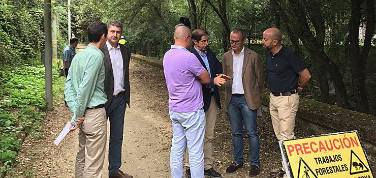 La CHMS trabaja en el acondicionamiento y limpieza del río Barbaña a su paso por la zona urbana de Ourense