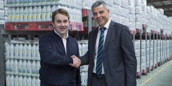 "La Obra Social ""la Caixa"" dona 10.000 litros de leche al Banco de Alimentos de Ourense"
