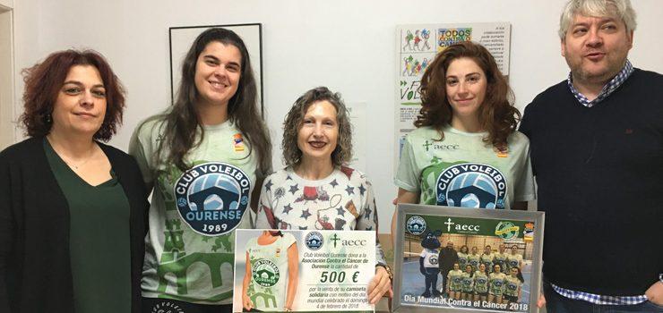 El Voleibol Ourense dona 500 euros a la AECC