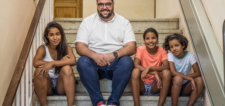 O Concello de Verín busca familias de acollida para o programa 'Vacacións en Paz'
