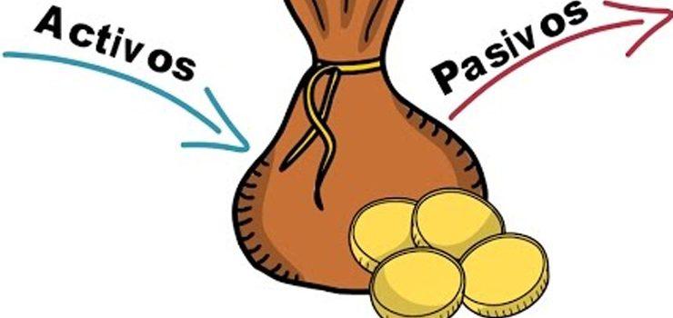 ¿Qué diferencias hay entre los bienes activos y pasivos?