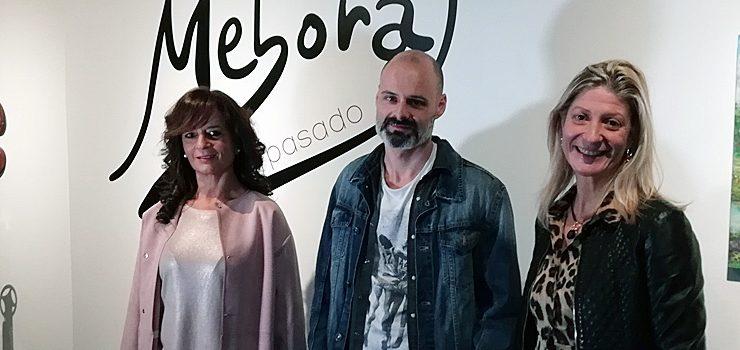 """""""Ollada ao pasado"""" achega aos ourensáns a evolución da obra da artista Méborat"""
