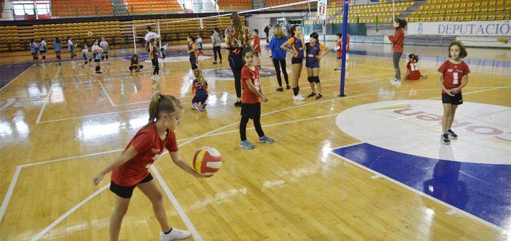 Comienzo de deporte escolar para el Club voleibol San Martiño