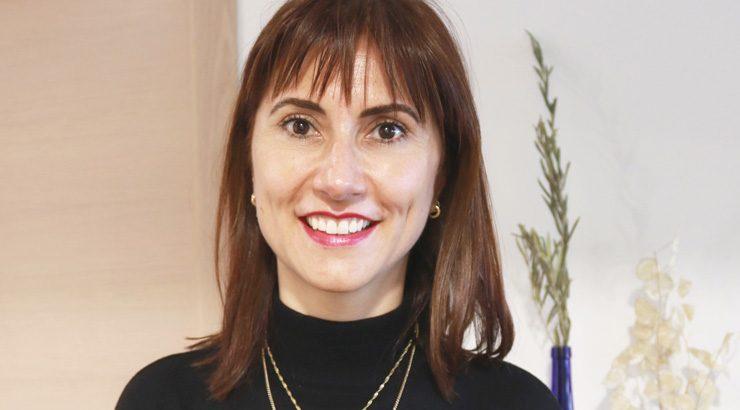 """Isabel Villanueva presenta """"O galego mola"""" en Ourense"""