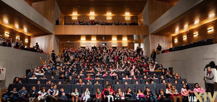 360 cativos participan na primeira xornada de Cinema Marabillas