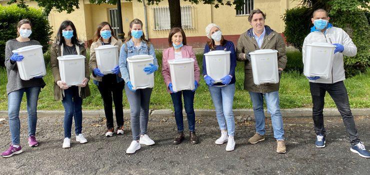 O Concello, en colaboración con Ecourense, pon á disposición do Servizo de Atención a Domicilio kits de limpeza para reforzar a protección de usuarios e de traballadores