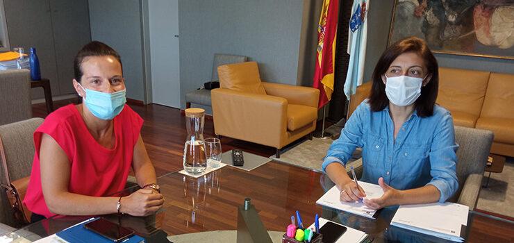 Bande quere urbanizar a praza principal do municipio