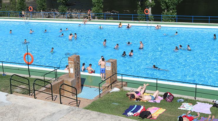 Para darse un chapuzón, piscinasmunicipaisourense.com