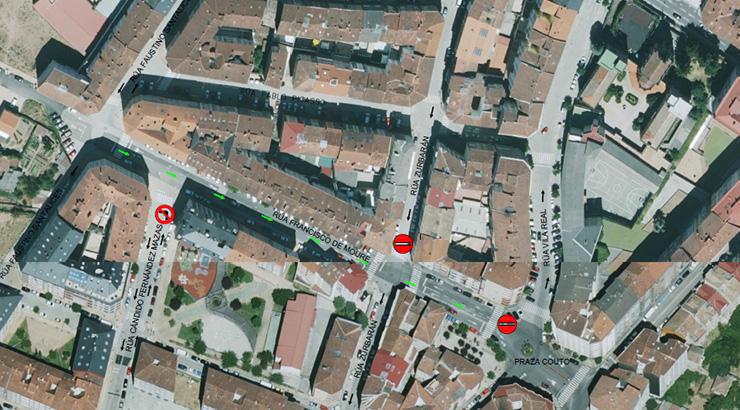 O Concello inicia as obras de renovación do firme da rúa de Francisco de Moure