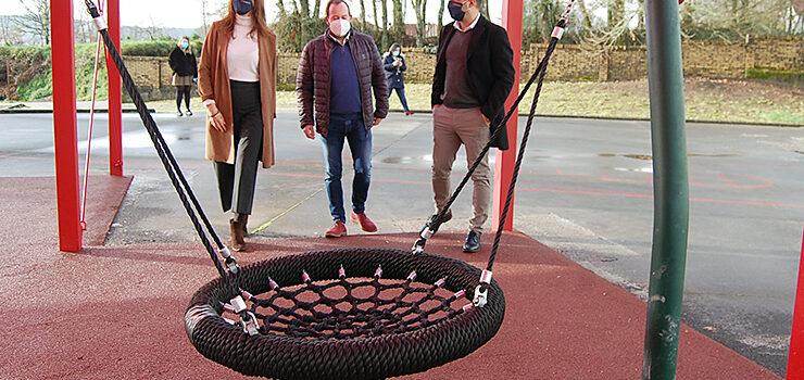 O Irixo estrea novo parque infantil cuberto