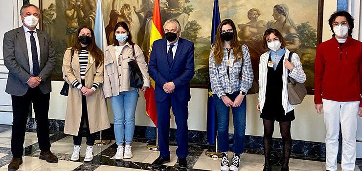 Cinco alumnos do Grao de Dereito farán prácticas na Subdelegación do Goberno