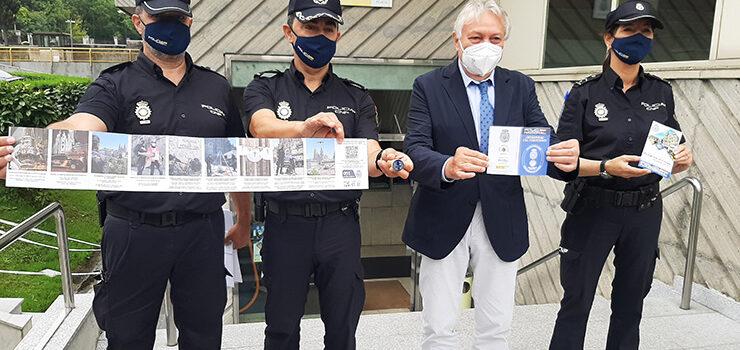 As credecnciais do Camiño de Santiago tamén se selan na Policía Nacional de Ourense